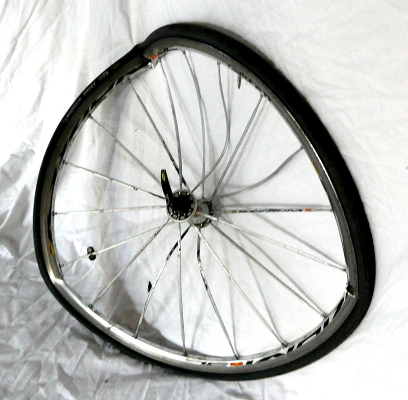 The front wheel